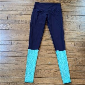 Greater Than Sports Navy Long Leggings Very Soft